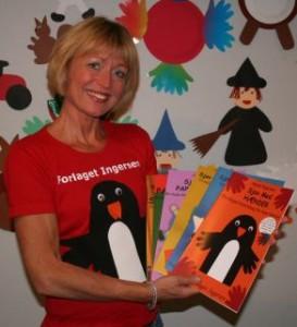 Her står jeg med forlags-tshirt og nogle af mine bøger