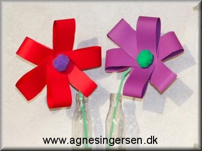 f688577e8c9 De ældste børn i min dagpleje, Stenlille private dagpleje, lavede 2  forskellige blomster til mors dag. Sløjfeblomsterne som jeg beskriver her  giver mest ...